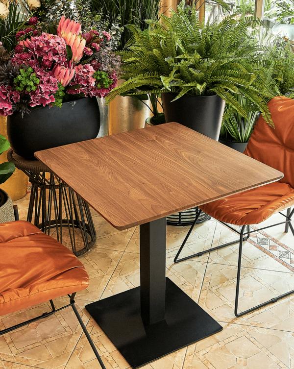 โต๊ะทานข้าว DT419-01 70x70 Walnut
